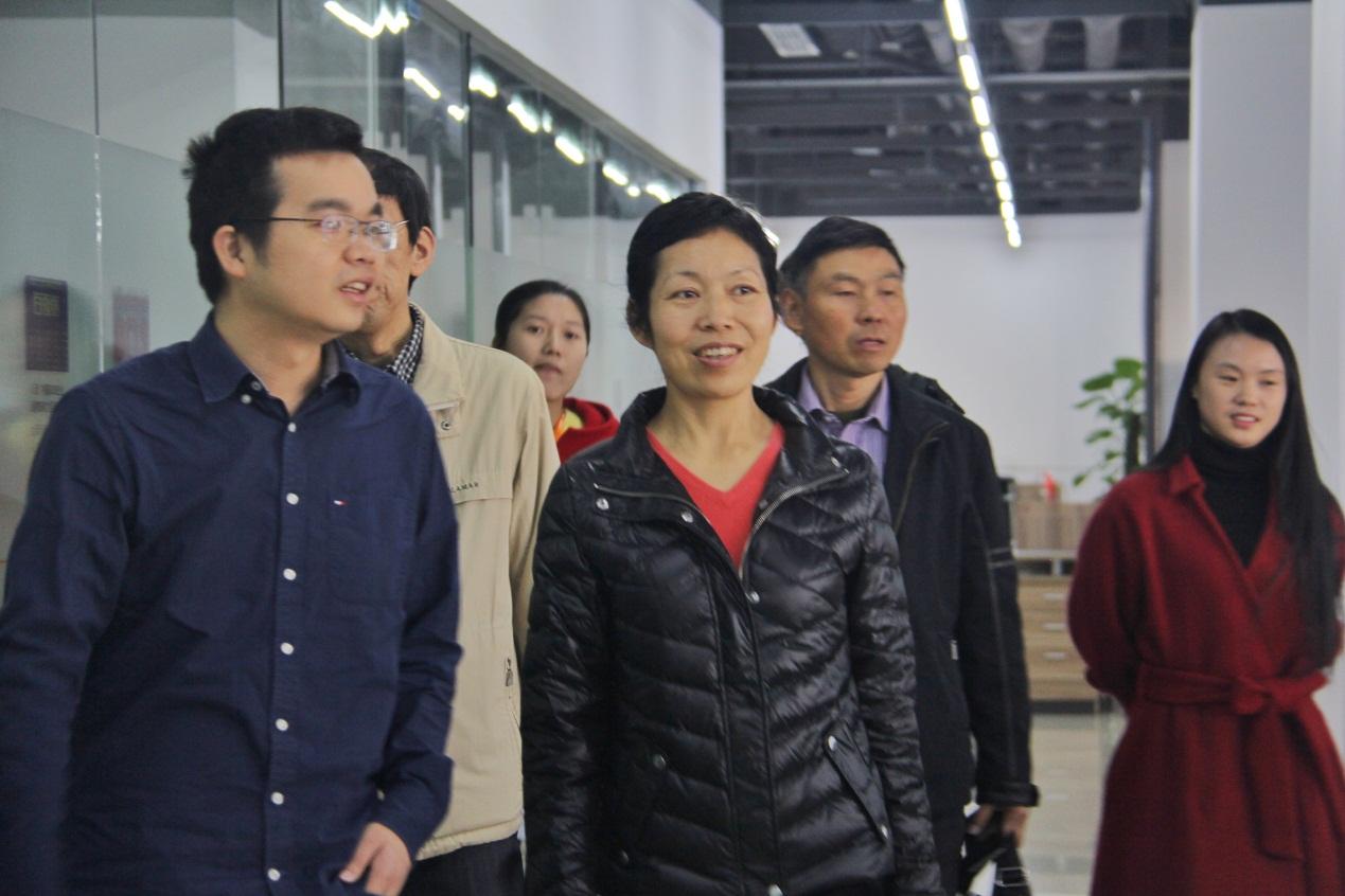 云南省人民政府研究室領導考察土流網成功模式
