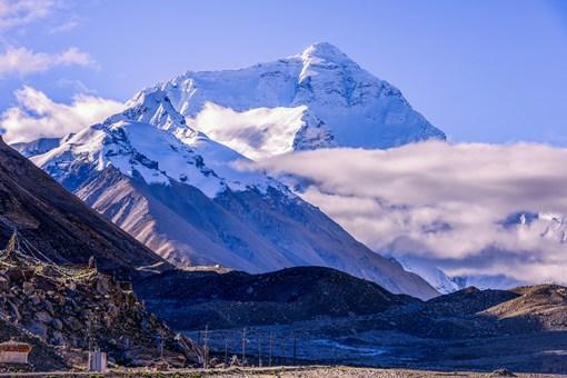中国最高的山是什么