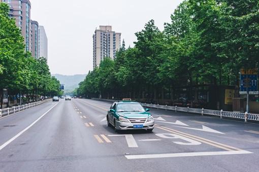 春节上调出租车费