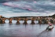 法国一桥梁坍塌是什么情况?最新消息是什么?