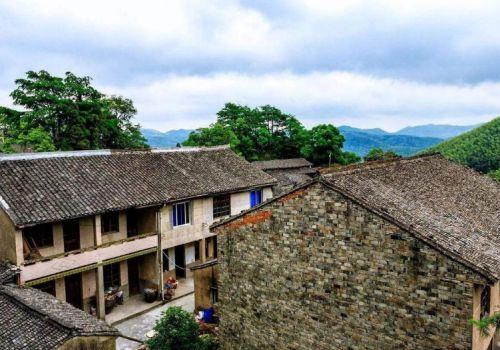 农村的二层房屋