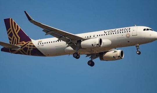 印度暂停国际航班 并且在国内实施宵禁