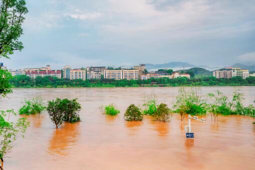 洪水接触的所有食物需丢弃-摄图网