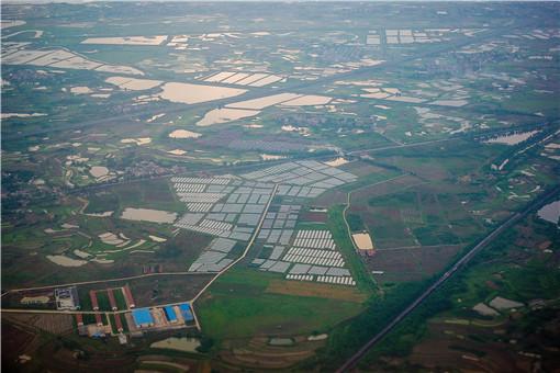 耕地建房-攝圖網