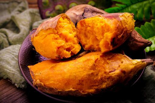 煮红薯-摄图网