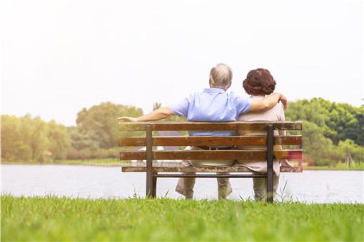 60岁以上老人疫苗接种要点-摄图网