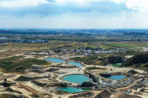 礦山修復-攝圖網