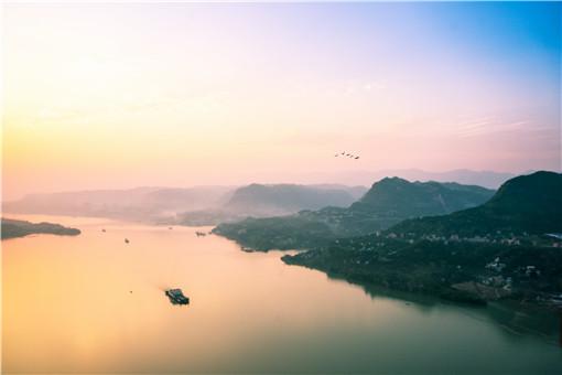 长江2021年第1号洪水在上游形成-摄图网
