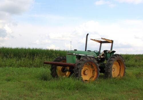 《赤城縣政策性農機保險實施方案(試行)》:省級保費補貼比例50%,縣財政補貼30%,農戶承擔20%