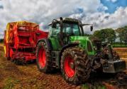 2019年国家将稳定农机购置补贴政策,中央财政拟安排180亿元补贴资金!