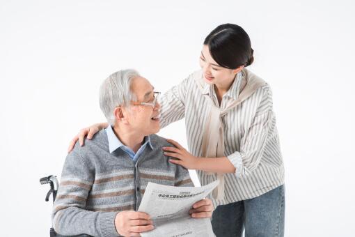 带薪护理生病老人政策:独生子女每年累计20天,非独生10天,你享受了吗!