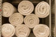 加工被子的機器多少錢一臺?棉被加工利潤怎么樣?